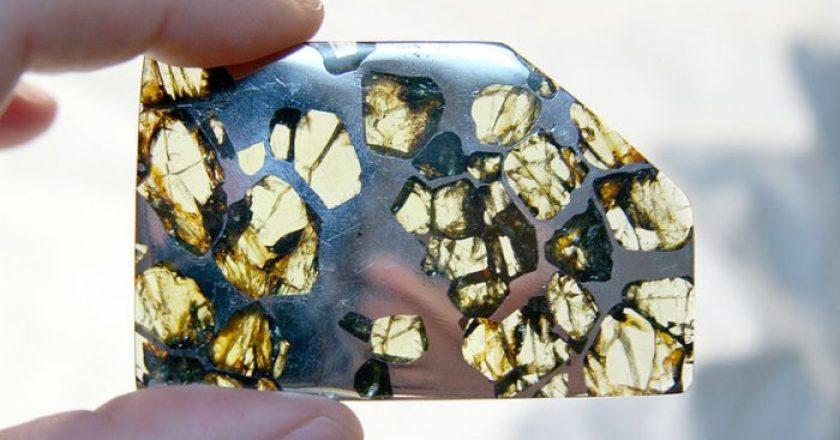 Gemas extraterrestres, piedras preciosas llegaron del espacio