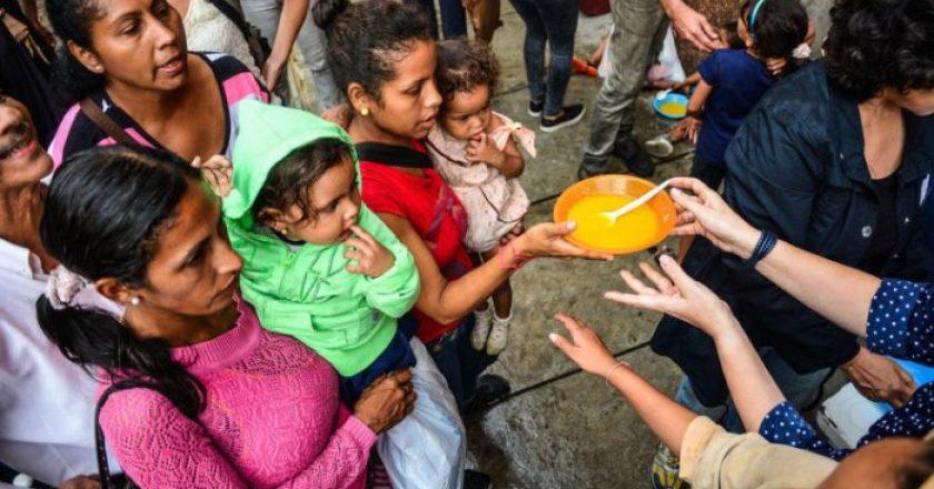 Morir de hambre en Venezuela, el país con las mayores reservas de petróleo del mundo