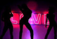 ¿Cuánto gana una stripper (estríper)?