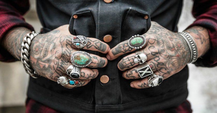 ¿Tienes un tatuaje visible? Menos posibilidades de conseguir un trabajo...