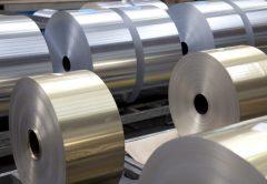 Aluminio: producción mundial en aumento y precios débiles