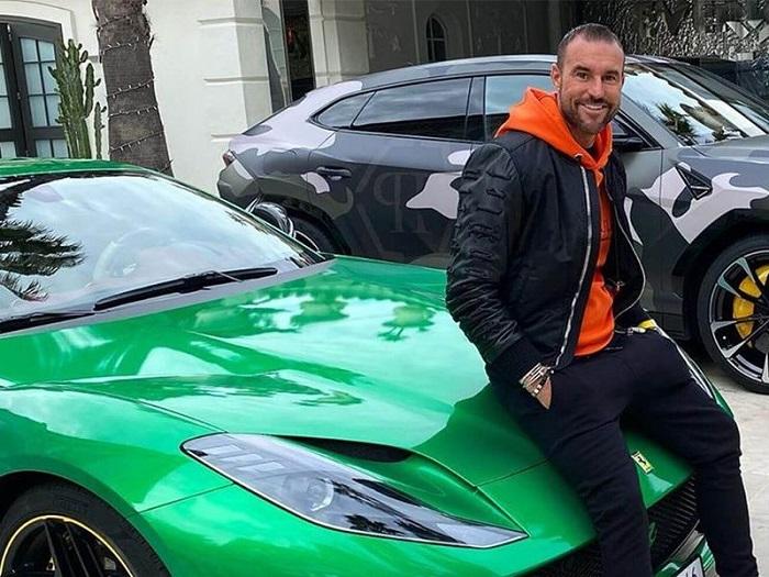 Maranello gana contra Philipp Plein. Nada fotos en las redes sociales con Ferrari
