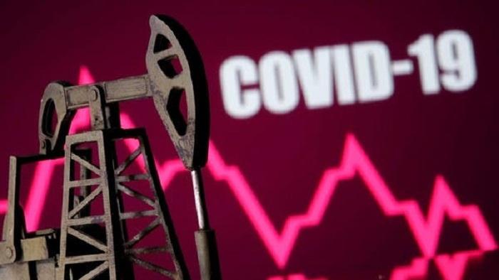 Vacuna COVID-19 en camino... y el petróleo rebota