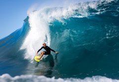 Los 10 mejores campeones de surf y mejor pagados del mundo