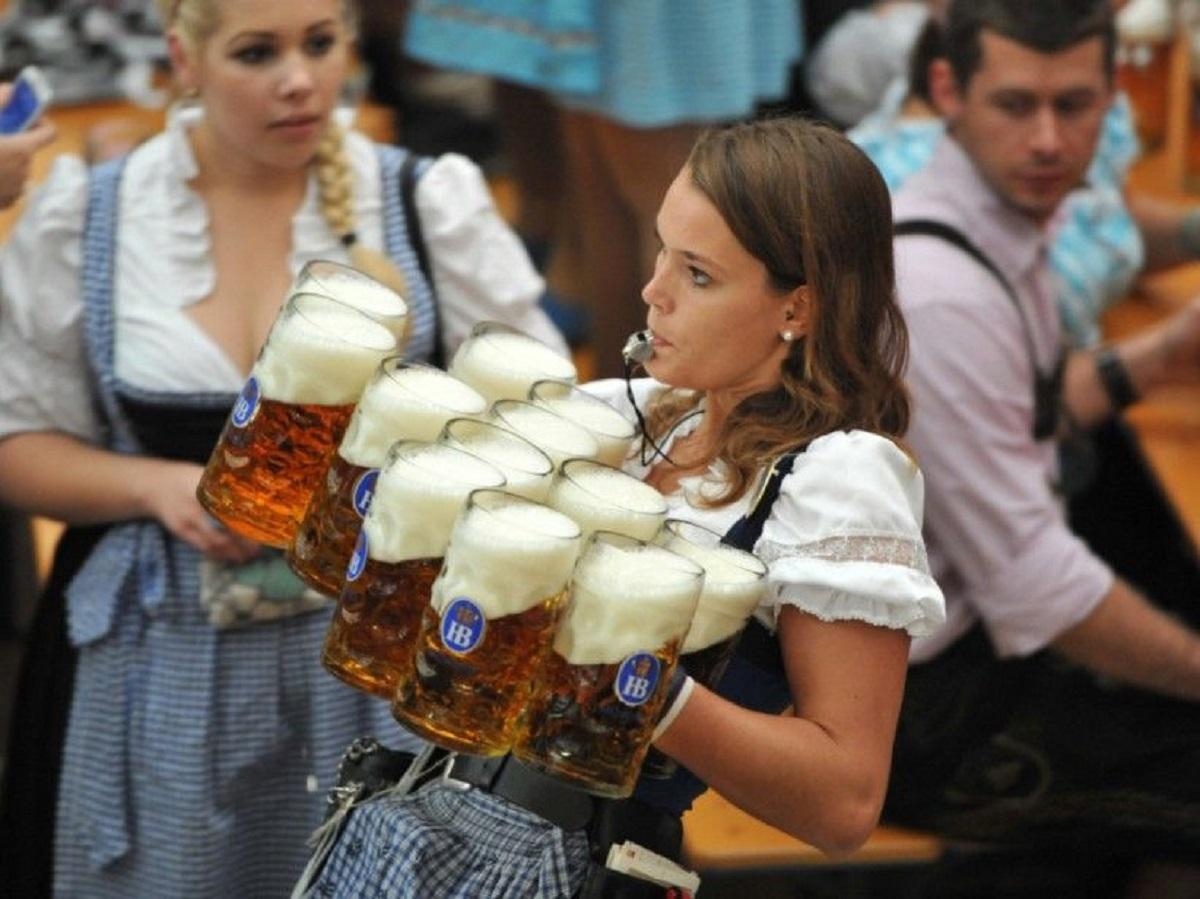 ¿Cuánto gana un camarero en los diferentes países de Europa?