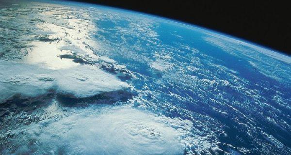 El viaje interestelar del carbono, destino Tierra