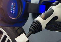 ¿Se triplicarán los precios del litio a medida que crezcan los vehículos eléctricos?