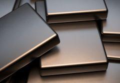 El níquel no corre como otros metales. Culpa al excedente...
