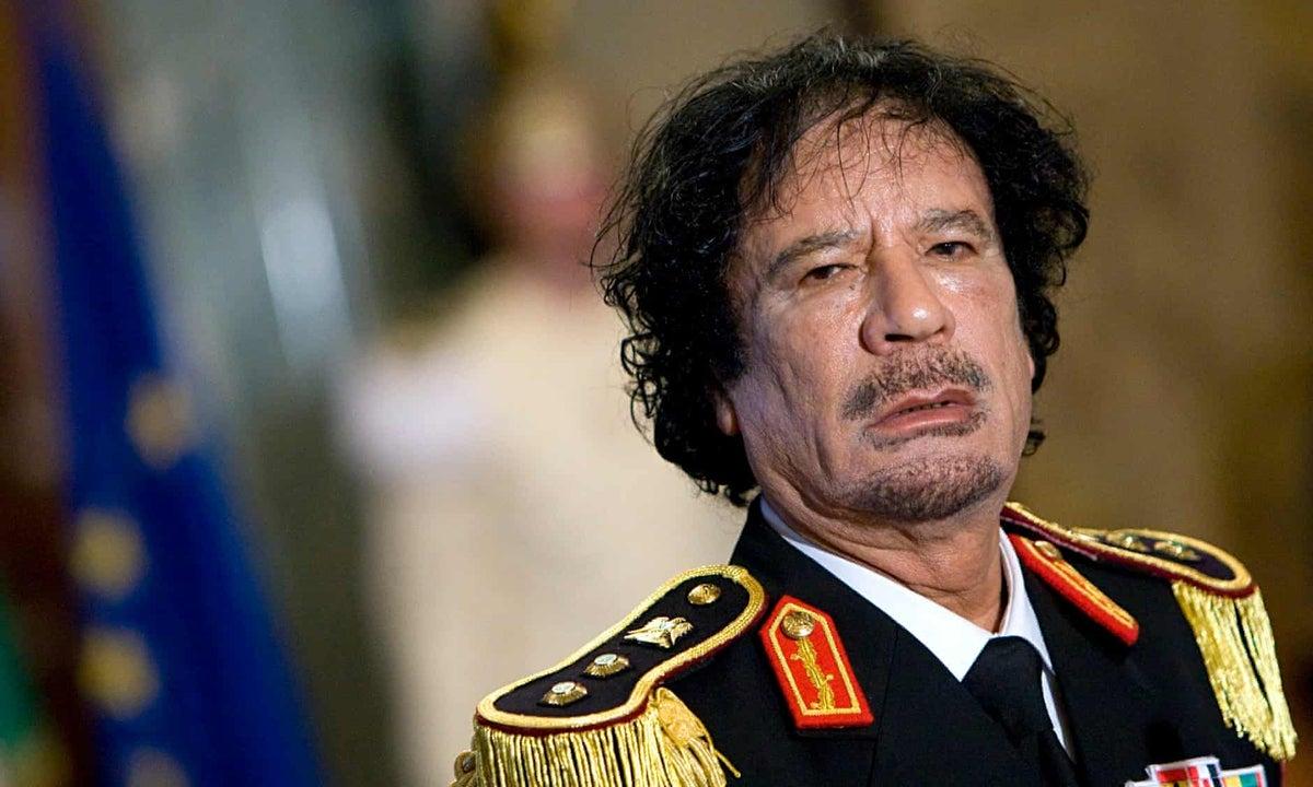 El hijo del poderoso ministro de petróleo de Gadafi, multado por corrupción