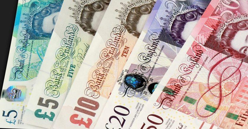 ¡Salvamos el dinero en efectivo de la desaparición! El Reino Unido enseña...
