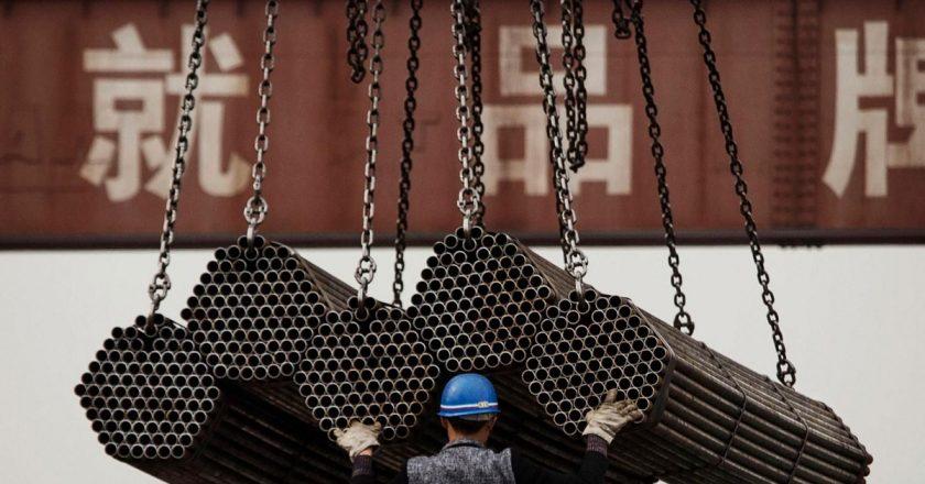 China apunta a producir menos acero y mantenerlo para los consumidores chinos