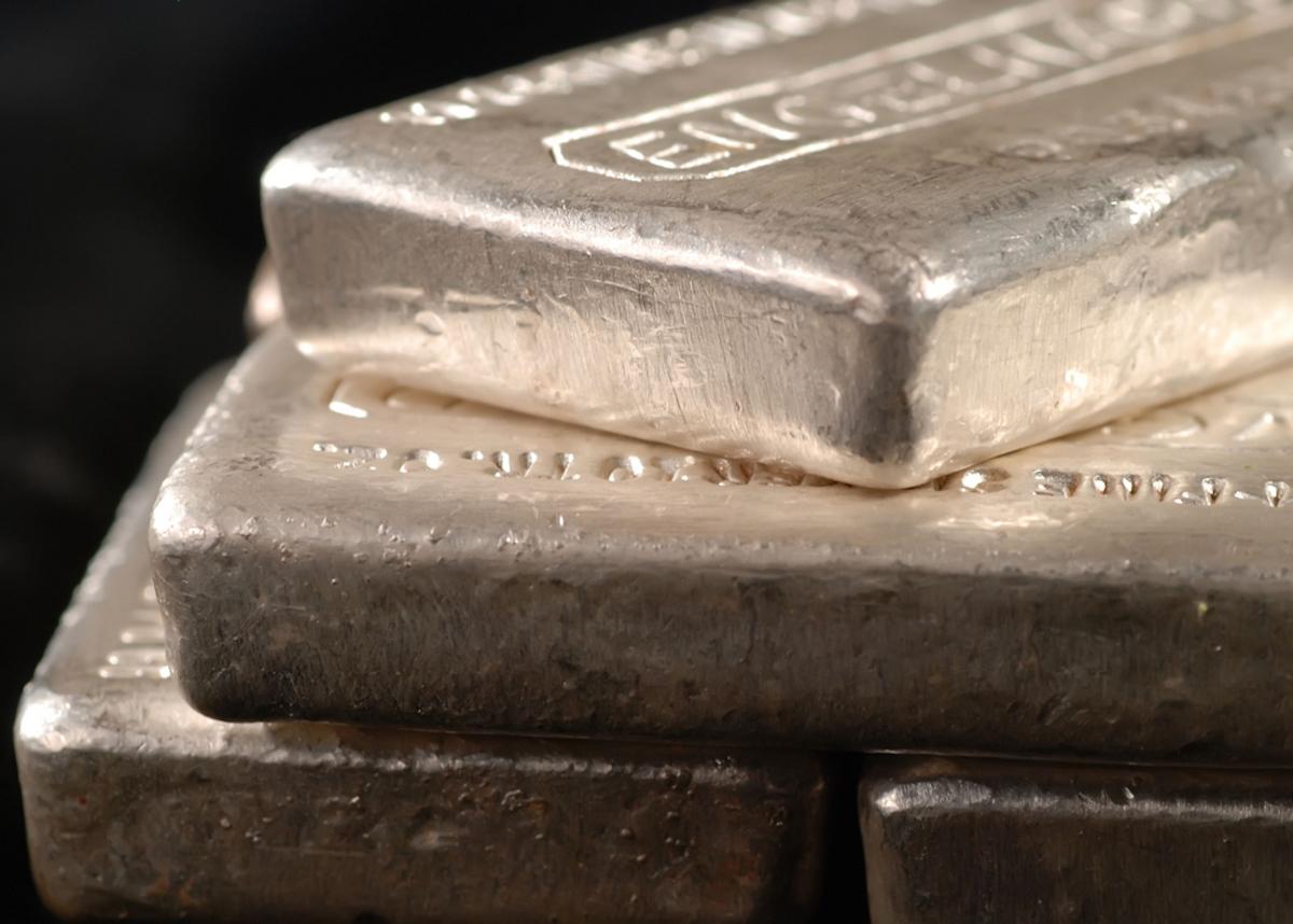 Pros y contras de invertir en plata