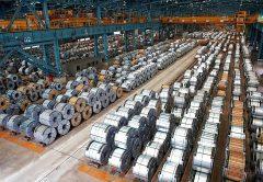 La producción mundial de acero cae, al igual que la de aluminio